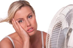 women-with-fan